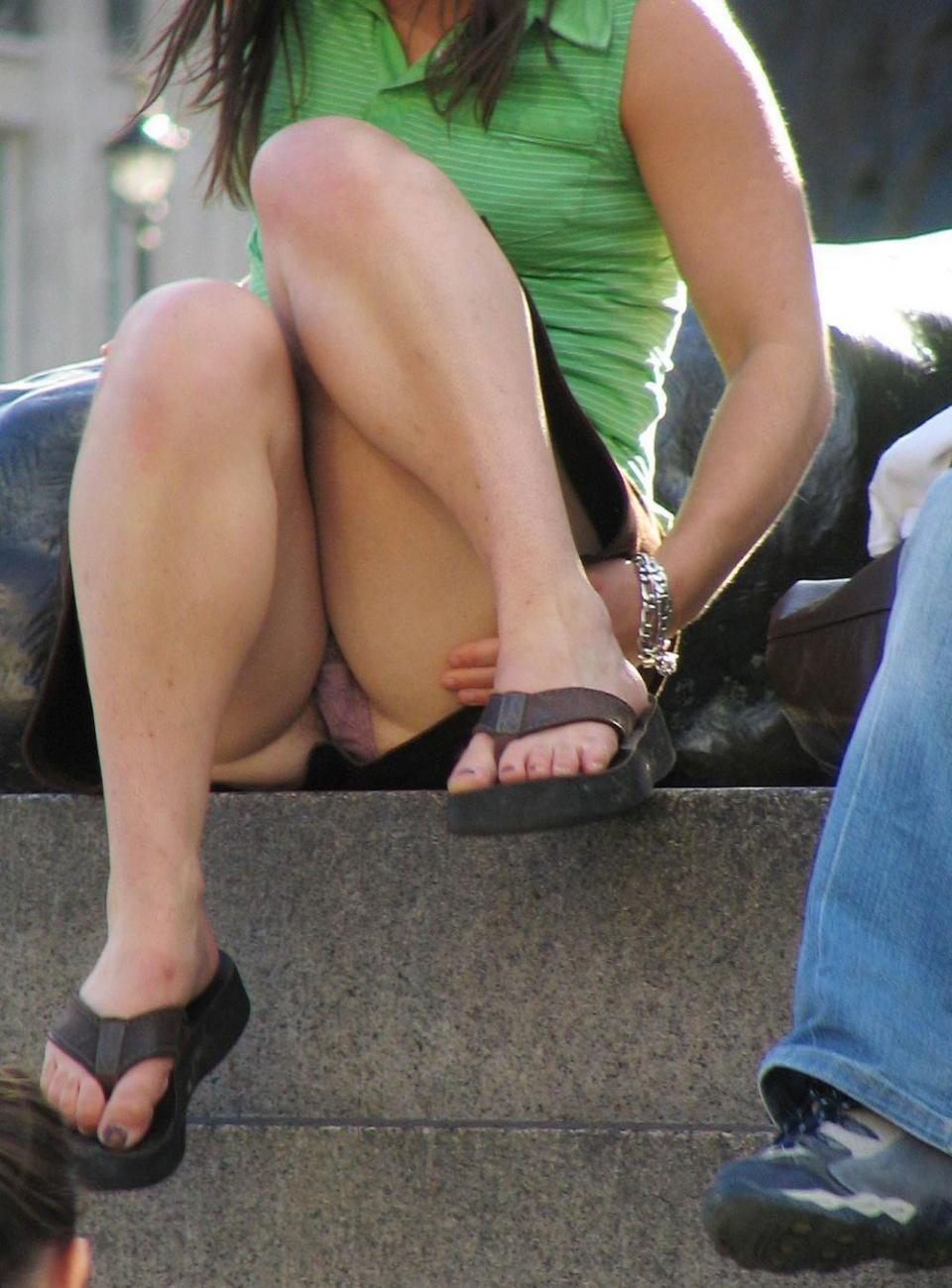 voyeur schoolgirl upskirt