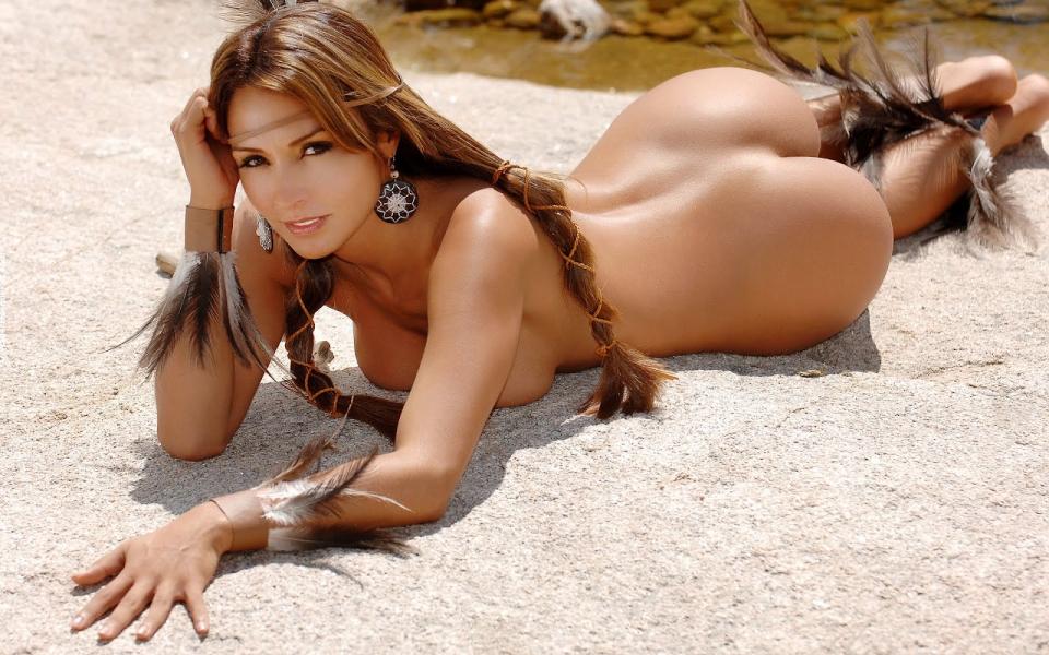 Slutty nude tennis girl