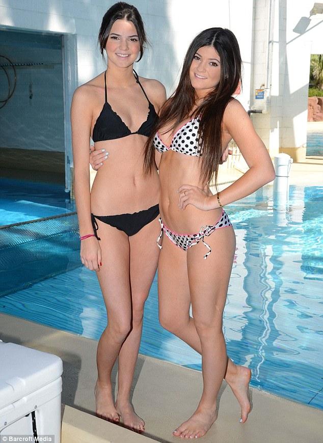 kylie jenner bikini pics