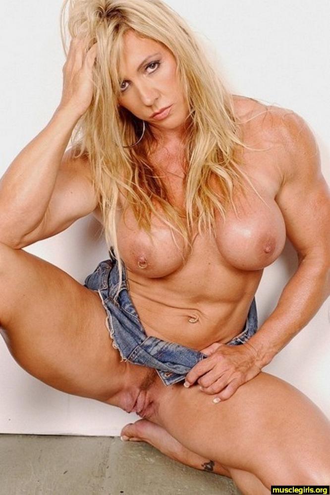 nude women female bodybuilder pussy full size